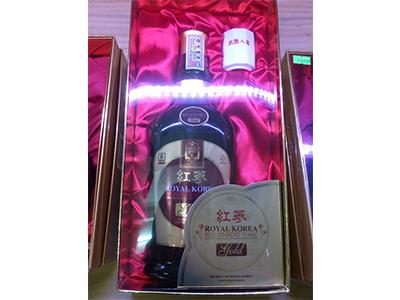 Chai nước hồng sâm 700ml _Royal Korea Red Ginseng Tonic Gold